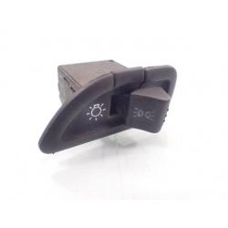 Guzik świateł włącznik przycisk Piaggio x9 125