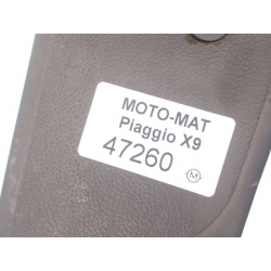 Gumy dywanik na podłogę Piaggio x9 125