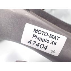 Obudowa kierownicy osłona owiewka Piaggio X8 X-Evo 125