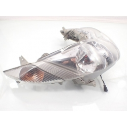 Reflektor przód lampa Suzuki Burgman 400 03-04