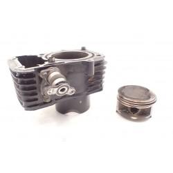 Cylinder tył tłok pierścienie Suzuki VZ...